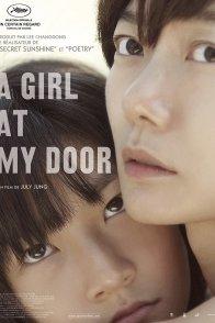 Affiche du film : A Girl at my Door