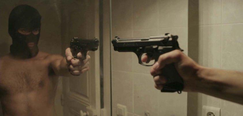 revolver bande annonce vf
