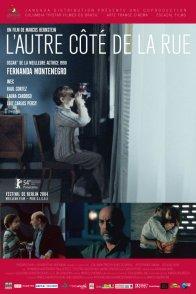 Affiche du film : L'autre cote de la rue