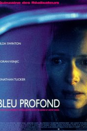 background picture for movie Bleu profond