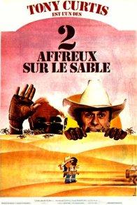 Affiche du film : Deux affreux sur le sable