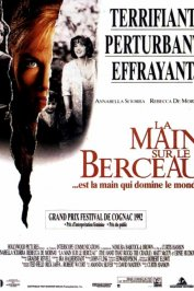 background picture for movie La main sur le berceau