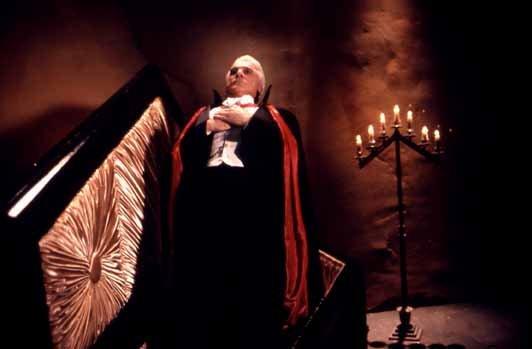 Photo du film : Dracula mort et heureux de l'etre
