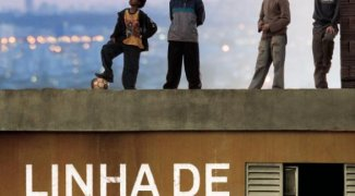Affiche du film : Une famille brésilienne