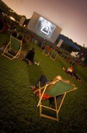 background picture for movie Festival de Cinéma en Plein Air à la Villette