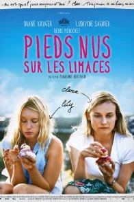 Affiche du film : Pieds nus sur les limaces