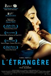 background picture for movie L'étrangère