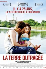 background picture for movie La Terre outragée