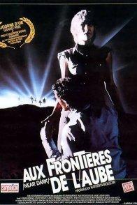 Affiche du film : Aux frontières de l'Aube