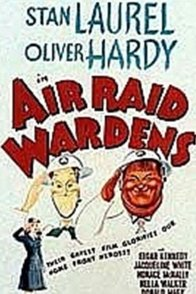 Affiche du film : Laurel et hardy chefs d'ilots