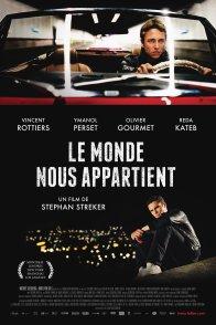 Affiche du film : Le Monde nous appartient