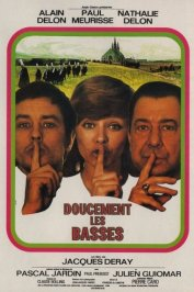 background picture for movie Doucement les basses