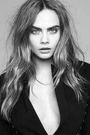 Cara Delevingne photo