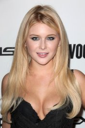 Renee Olstead photo