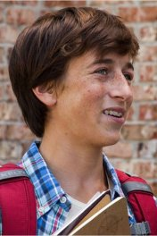 Skyler Gisondo photo