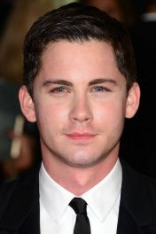 image de la star Logan Lerman