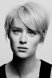 Mackenzie Davis photo