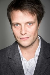 image de la star August Diehl