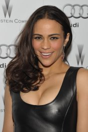 Paula Patton photo