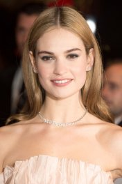 image de la star Lily James