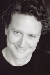 Judge Reinhold photo