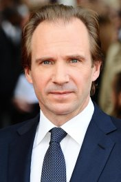 profile picture of Ralph Fiennes star