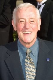 John Mahoney photo