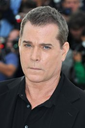 Ray Liotta photo