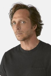 William Fichtner photo