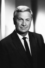 Eddie Albert photo
