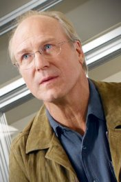 William Hurt photo