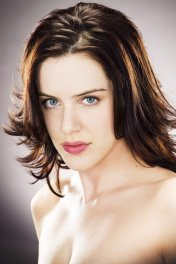 Michelle Ryan photo