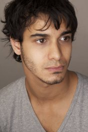 Elyes Gabel photo