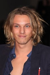 Jamie Campbell Bower photo