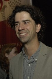 Hamish Linklater photo