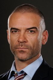 Alan Van Sprang photo