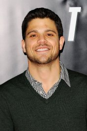 Jerry Ferrara photo