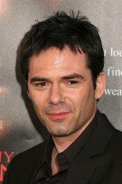 profile picture of Billy Burke star