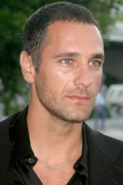 Raoul Bova photo