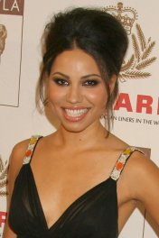 Jurnee Smollett photo