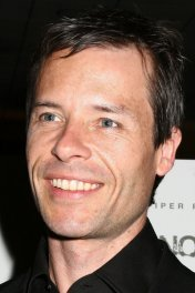 image de la star Guy Pearce