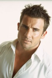 image de la star Dominic Purcell
