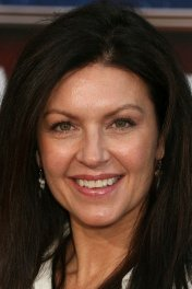 Wendy Crewson photo
