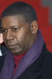 Dennis Haysbert photo