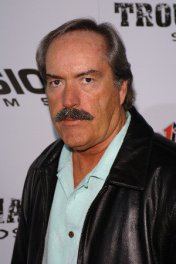 profile picture of Powers Boothe star