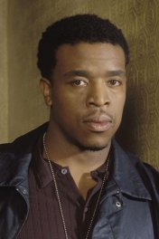image de la star Russell Hornsby
