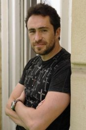 Demian  Bichir photo