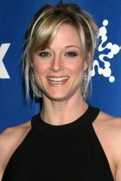 Teri Polo photo